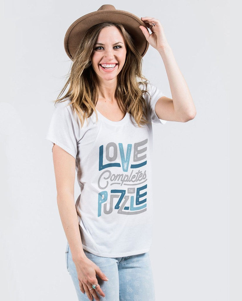 T-shirt - Love Completes The Puzzle Flowy Raglan