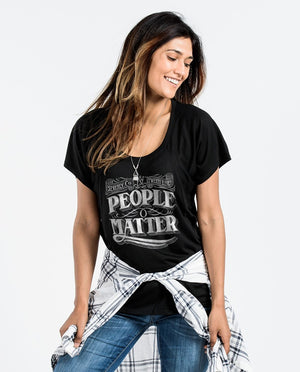 T-shirt - People Matter Chalk Flowy Raglan