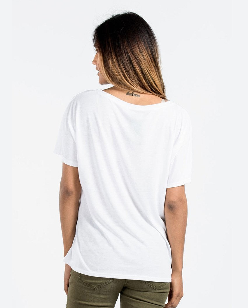 T-shirt - The Mountains Are Calling Flowy V Neck