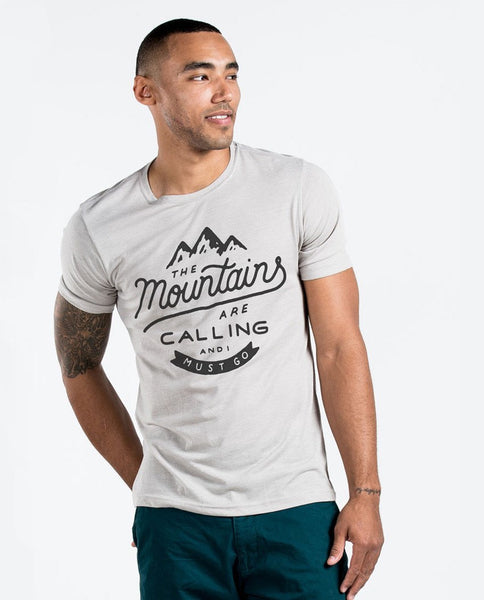 T-shirt - The Mountains Are Calling Premium Tee