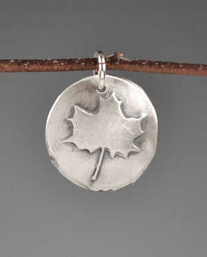 Maple Leaf Aquilla Sterling Silver Totem