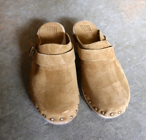 Bosabo Classic Wooden Clogs in Tan Suede