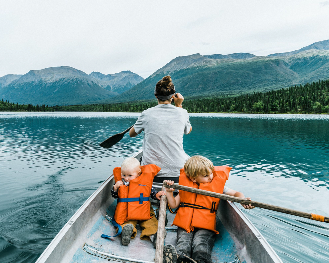 FAMILY ADVENTURES | EXPLORING THE WORLD WITH CHILDREN | gestalten | Austin Sailsbury