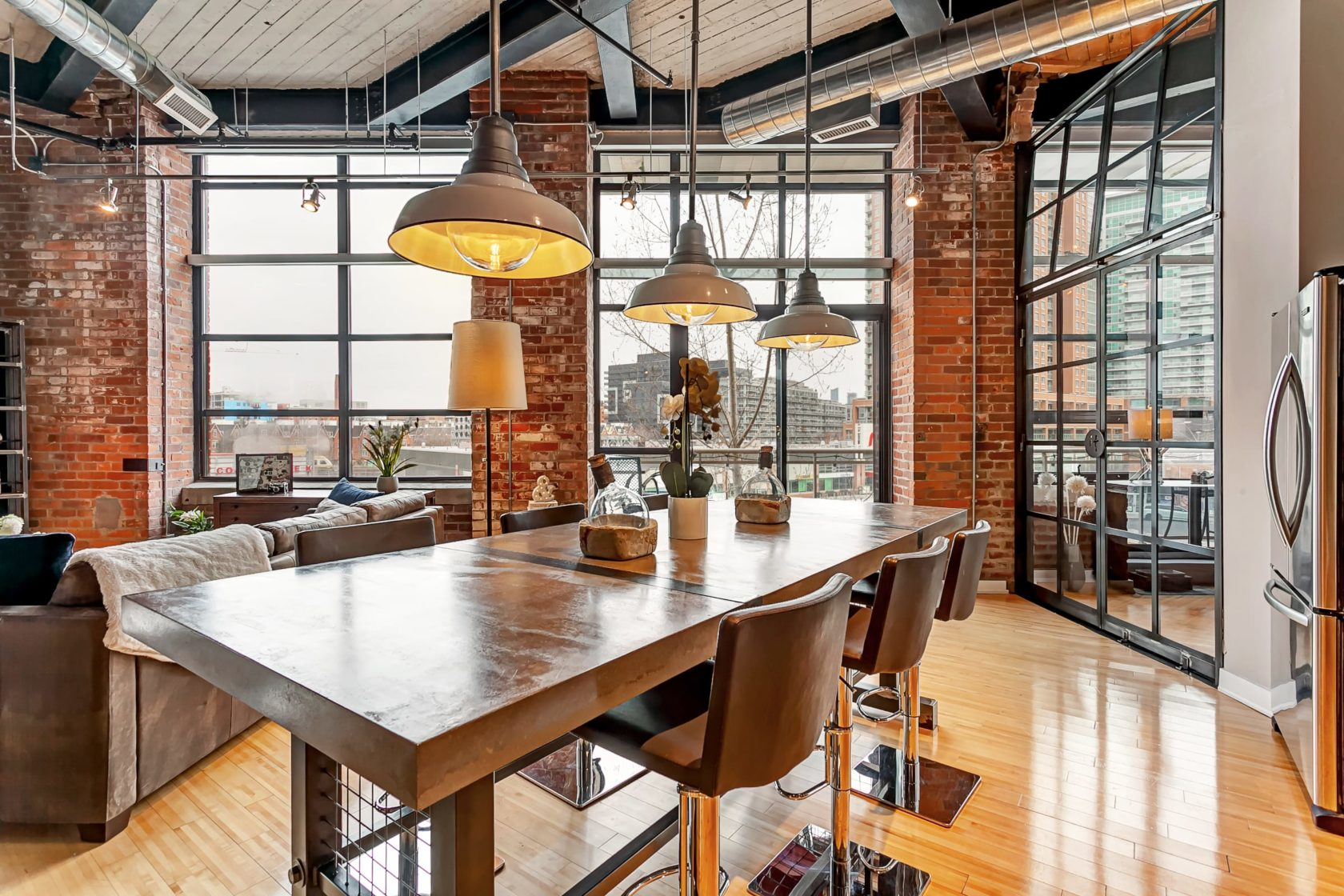 Rustic Loft Home Liberty Village Toronto
