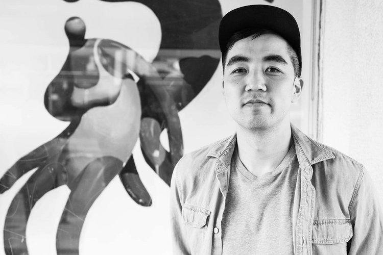Read The Monochromatic World of Mike Lee Interview at Giant Robot Media