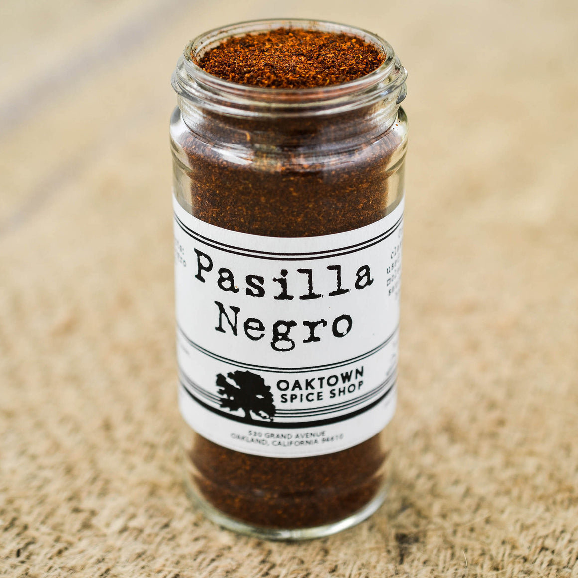 Pasilla Negro, Ground