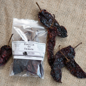 Pasilla de Oaxaca Chiles, Whole