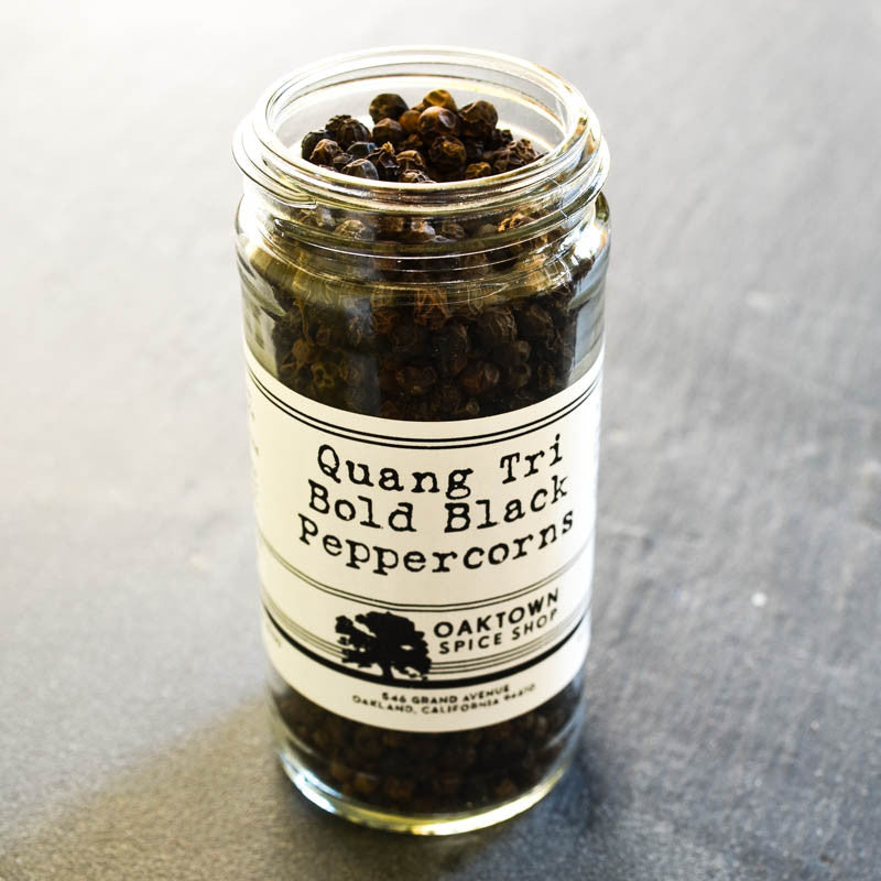 Quang Tri Bold Black Peppercorns