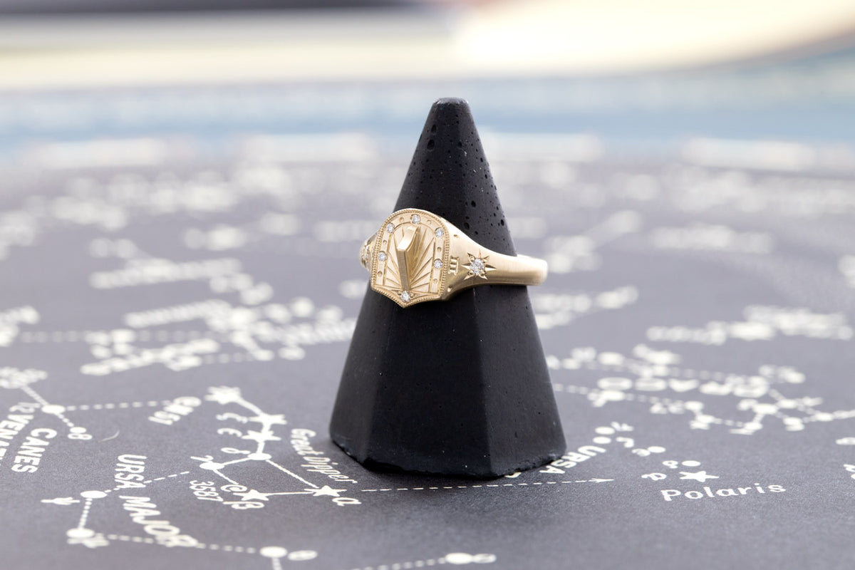 14 Karat Yellow Gold Signet Ring with Engraved Sundial Design and Diamonds