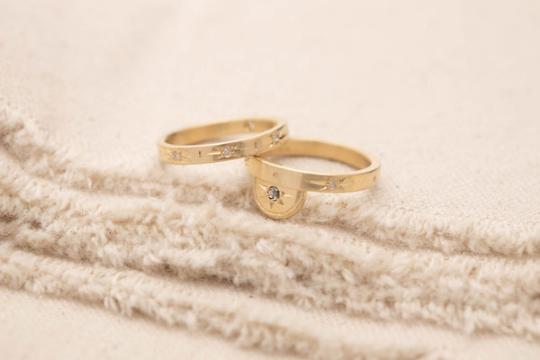 Star set Luna Wedding band