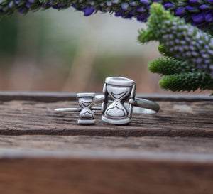 Hourglass Ring-Rings-Melissa Scoppa-Melissa Scoppa