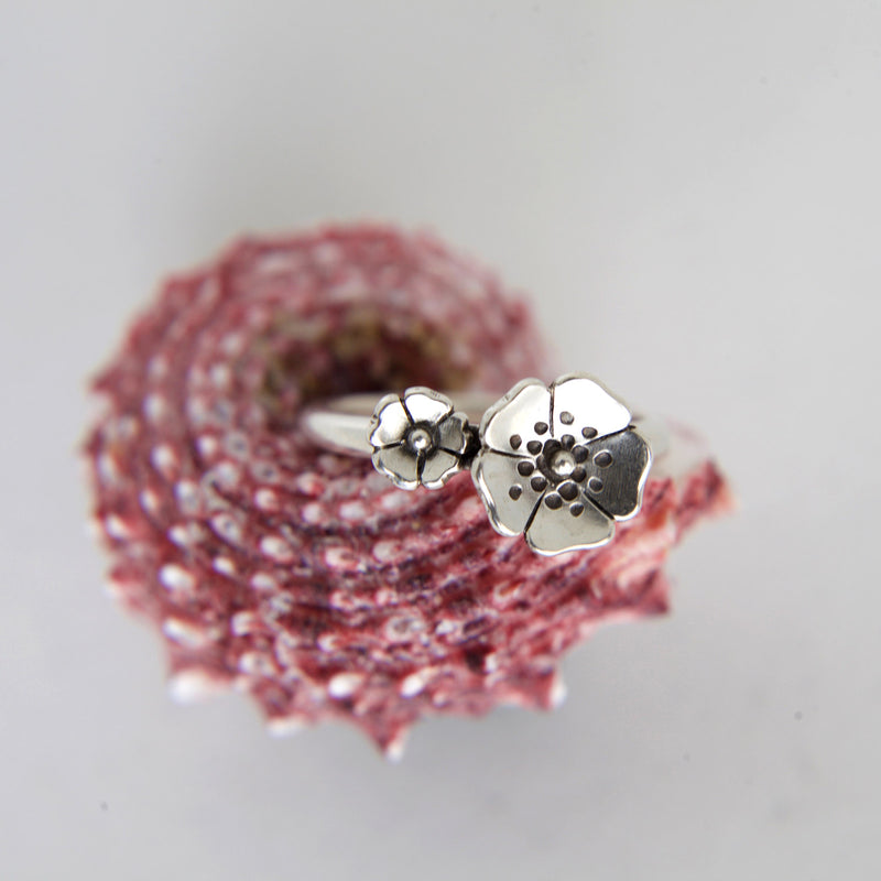 Two Flowers Ring