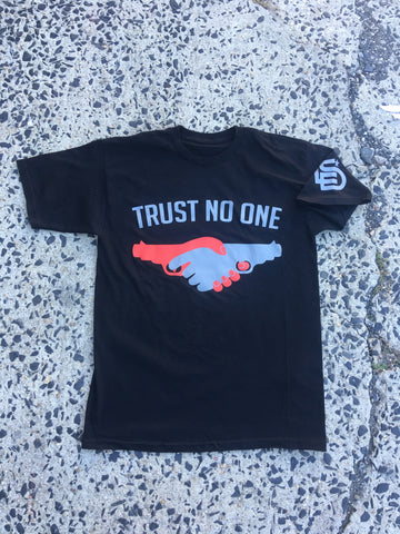 "LES Clothing Co.™ ""Trust No One"" Tee"