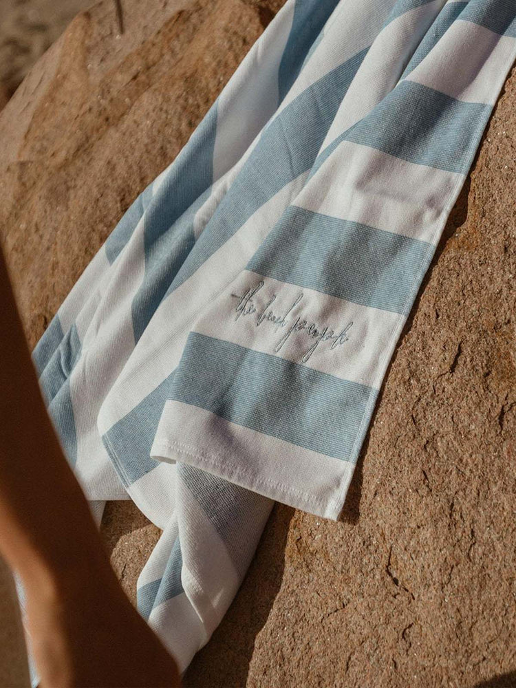 Load image into Gallery viewer, THE BEACH PEOPLE Sand-Free Cabana Towel - Sky Blue