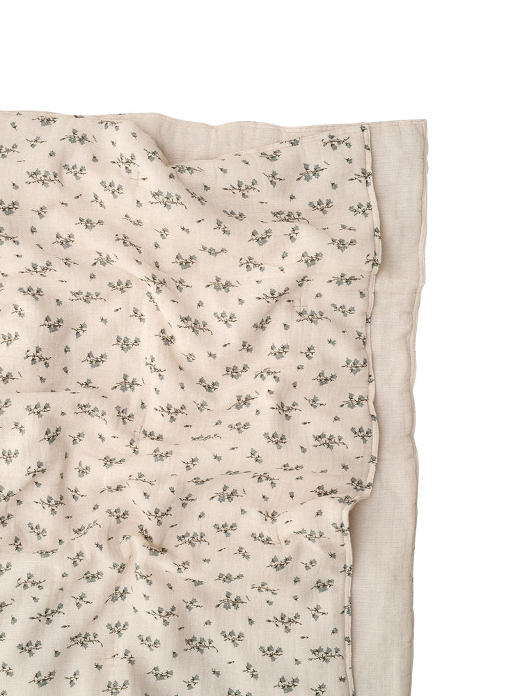 GARBO & FRIENDS Bluebell Muslin Quilt