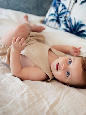 Load image into Gallery viewer, RUFFETS & CO Leo Romper - Fawn