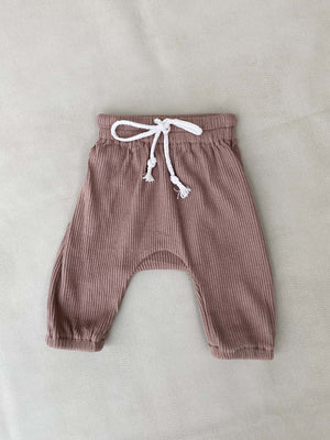 Load image into Gallery viewer, TINY TROVE Iggy Track Pants - Mocha