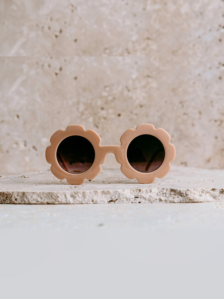 Load image into Gallery viewer, ELLE PORTE Daisy Sunglasses - Nectar