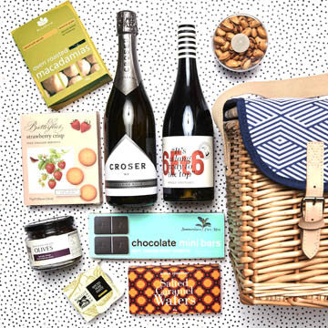 sunnylife picnic basket with hamper