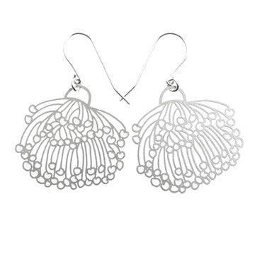 polli gum blossom earrings