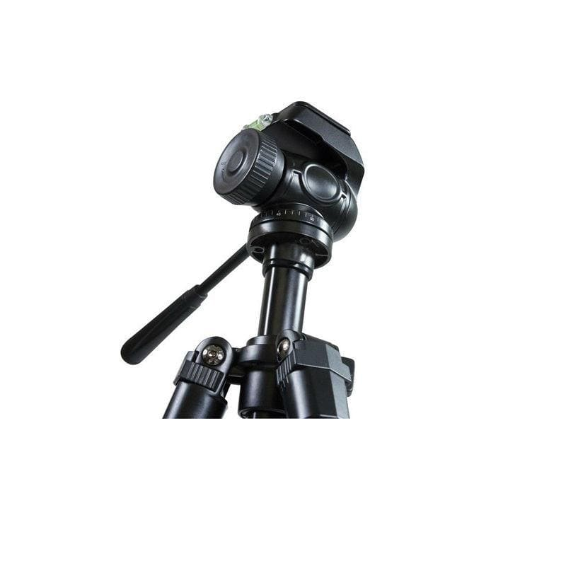 Celestron Trailseeker Tripod for cameras, binoculars, spotting scopes and telescopes close up