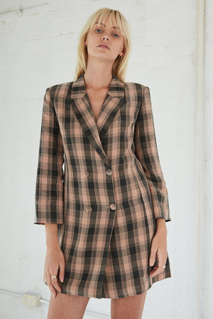 Third Form Checking Out Blazer - Peach
