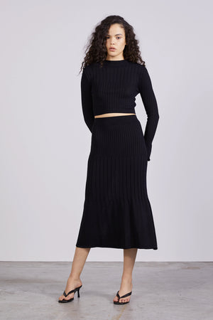 Third Form Flare Out Knit Skirt - Black