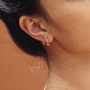 Layla Sleeper Earrings - Gold