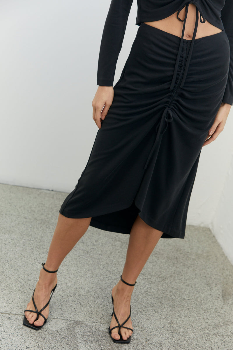 Third Form Lure In Skirt - Black
