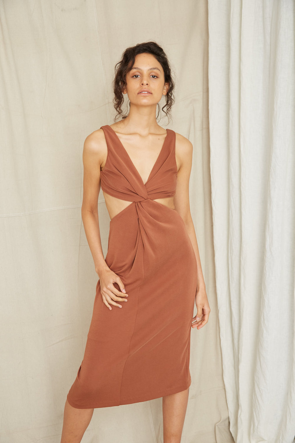 Third Form Twisted Cut Away Midi Dress - Cinnamon