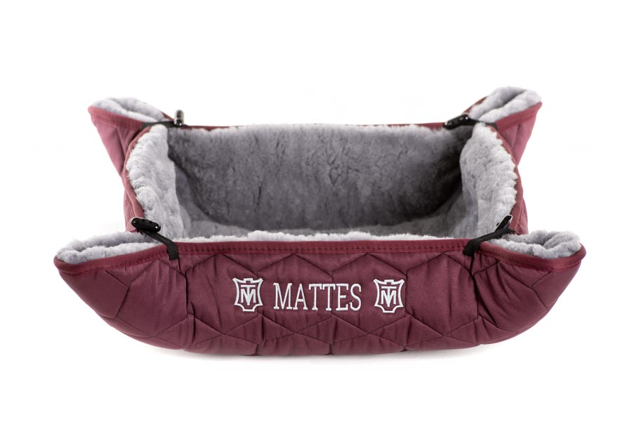 "EA Mattes Dog Bed - ""Cecil"""