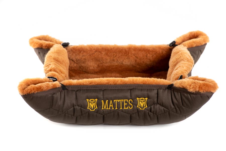 "EA Mattes Dog Bed - ""Jezzy"""