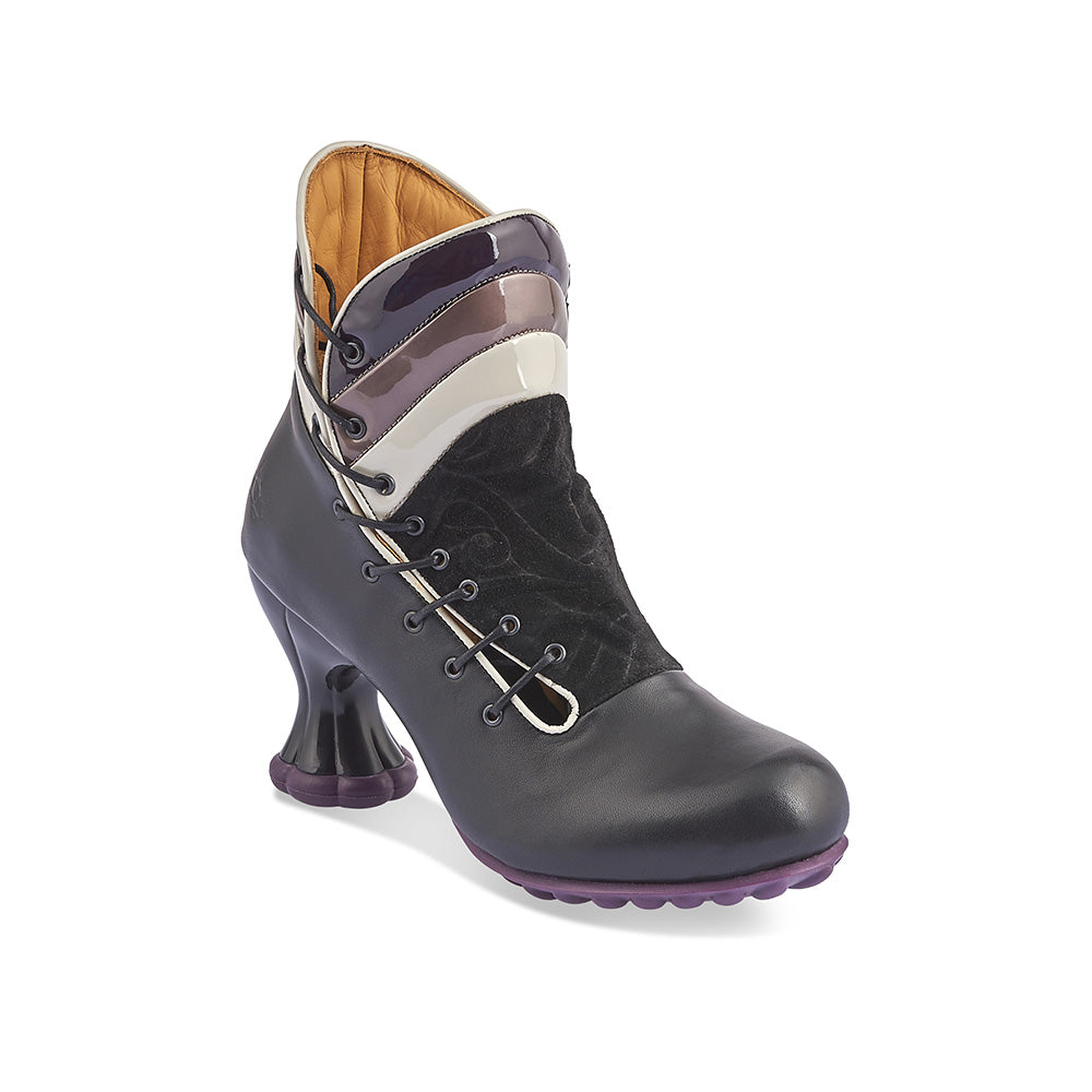 Copernicus is a sublime mid-calf boot on the celestial Cosmos heel and features a supple black leather and sumptuous debossed suede upper complemented with patent leather panels. This seriously comfy boot has side lacing, inner zip and a generous fit around the toes.