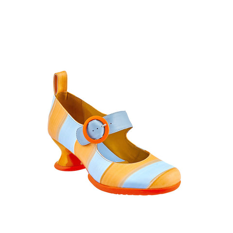 The bright and bold Individualist is creating much excitement at soleDevotion. This vintage-inspired beauty features a removable patent leather kiltie and leather ankle strap, enabling three different looks. Set on the uber-comfy and practical Enneagram heel, this gorgeous year-round heel is already a firm favourite for heel of the season.