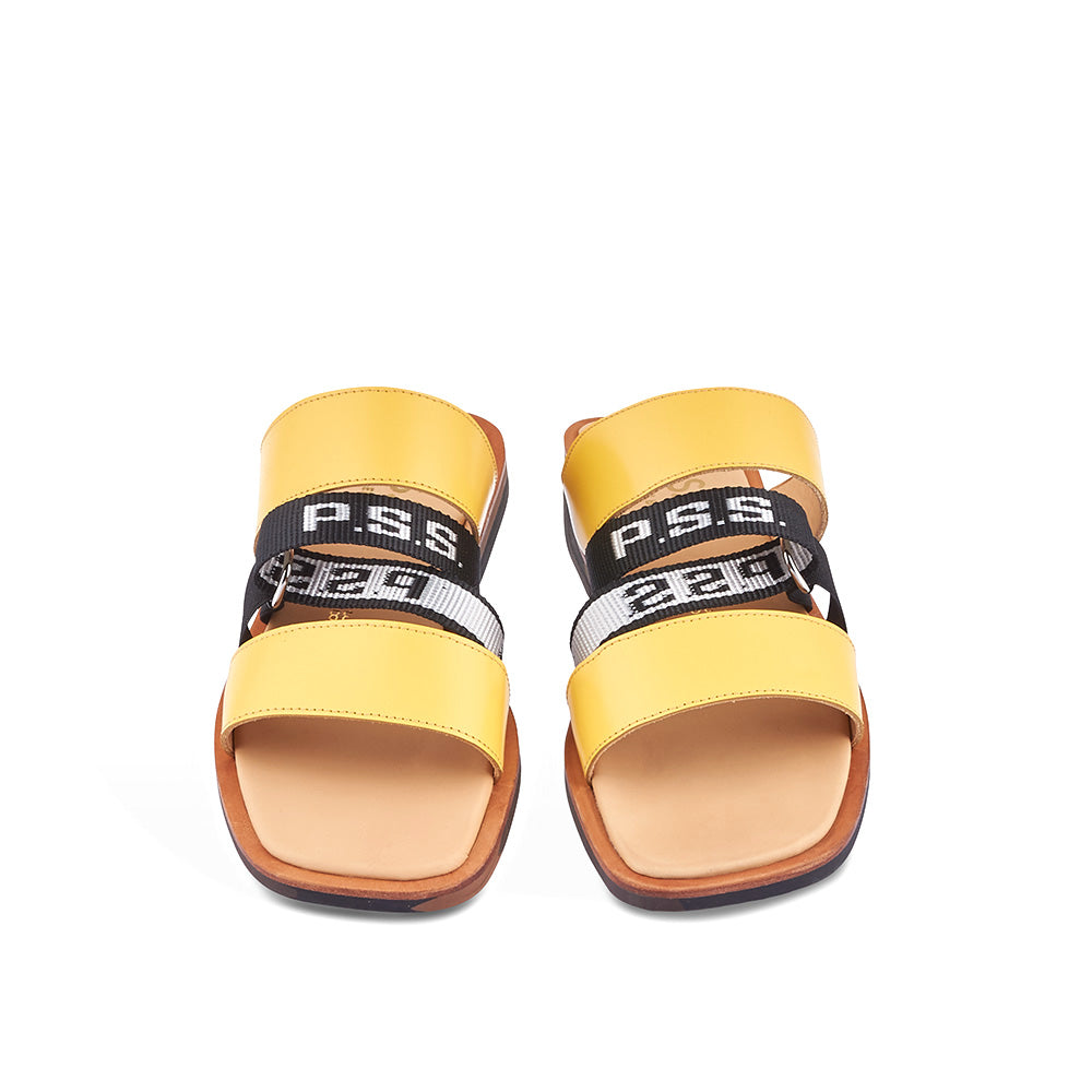 This sporty summer option by Melbourne's Post Sole Studio features twin leather straps and a grosgrain middle strap secured through a subtle D-ring. The leather-covered insole ensures comfort underfoot and the rubber sole is perfect for any summer surface.