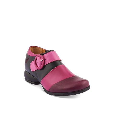 A newcomer to John Fluevog's famous Fellowship family, Tina features a supple leather upper with contrast panels and a fine inner zip. The low leather-wrapped heel is exceptionally comfy during those busy out and about and Tina's roomy fit through the toe will keep your feet happy all day long.