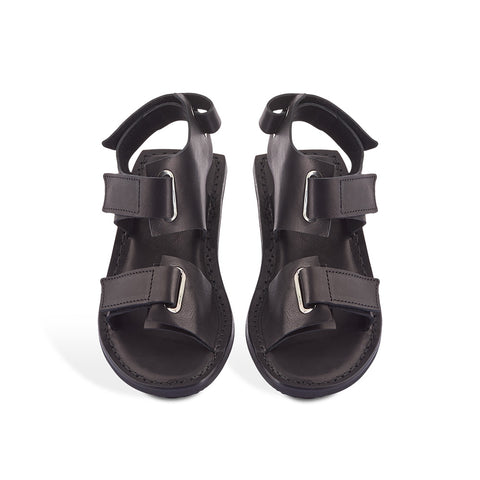 Cleat is an all-new Trippen sandal perched on the fabulously comfy Gritt sole. The multiple velcro straps ensure an exceptional fit and the supple leather upper is pleasant on the skin though the hottest of summer days.