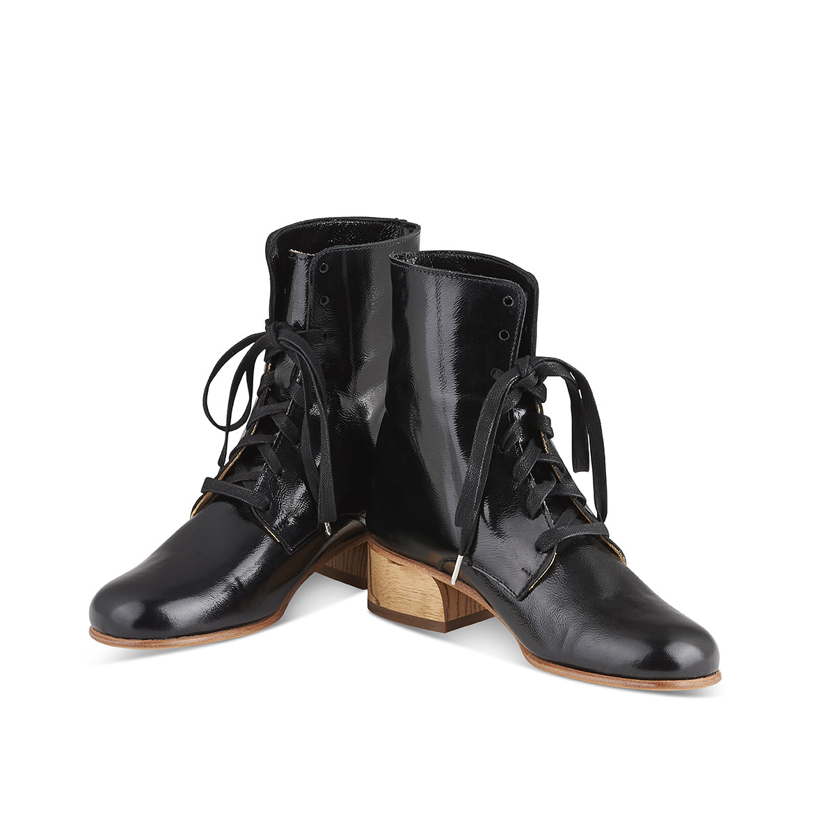 Cricket Boot black patent