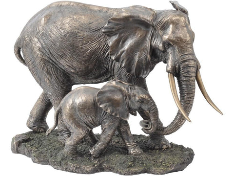 Serengeti Mother And Baby Elephant Sculpture