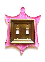 Load image into Gallery viewer, Acrylic + Brass | Pagoda Style, Pink Agate