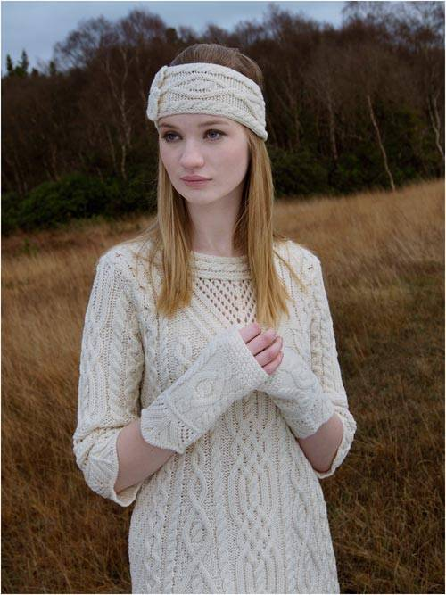 Aran Crafts - Fingerless Mittens - Natural