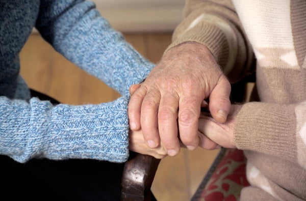 7 Tips to Keep Seniors Safe and Warm During Winter Months