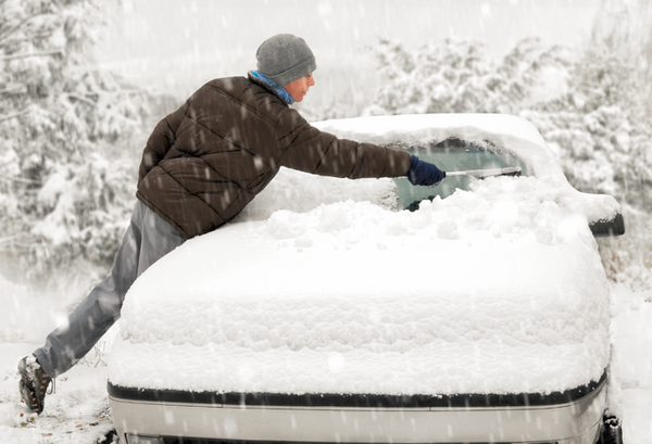 How to Drive in Snowy Weather: Five Tips for a Safer Commute