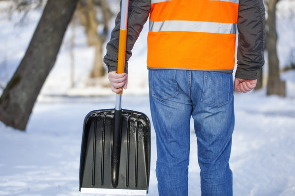How to Choose a Commercial Snow Removal Contractor