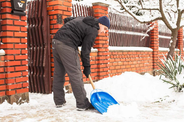 Snow Shoveling Techniques to Prevent Lower Back Injuries