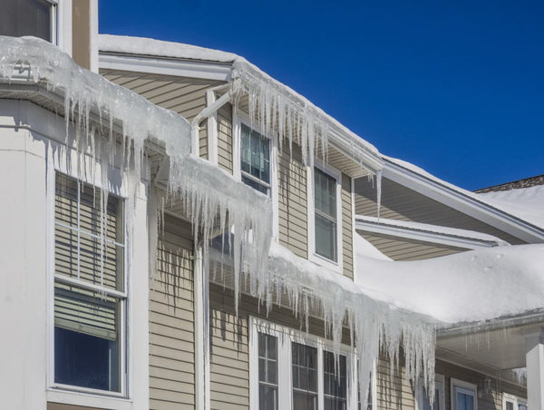 How the Different Winter Elements Affect Your Home's Roof
