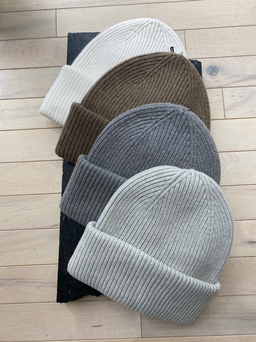 COLORFUL STANDARD - BEANIES MERINO