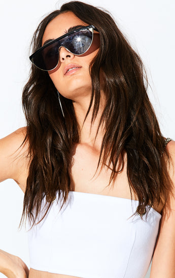 QUAY GOLDIE RETRO SUNGLASSES