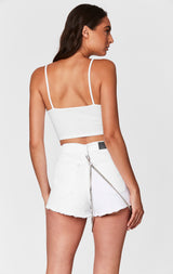 WHITE TITANIA SHORT WITH HARNESS