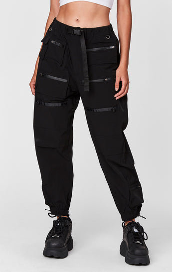 WINDBREAKER MULTI POCKET PANT